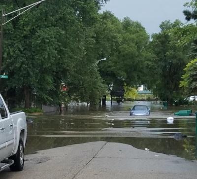 Don't drive thru standing water.jpg